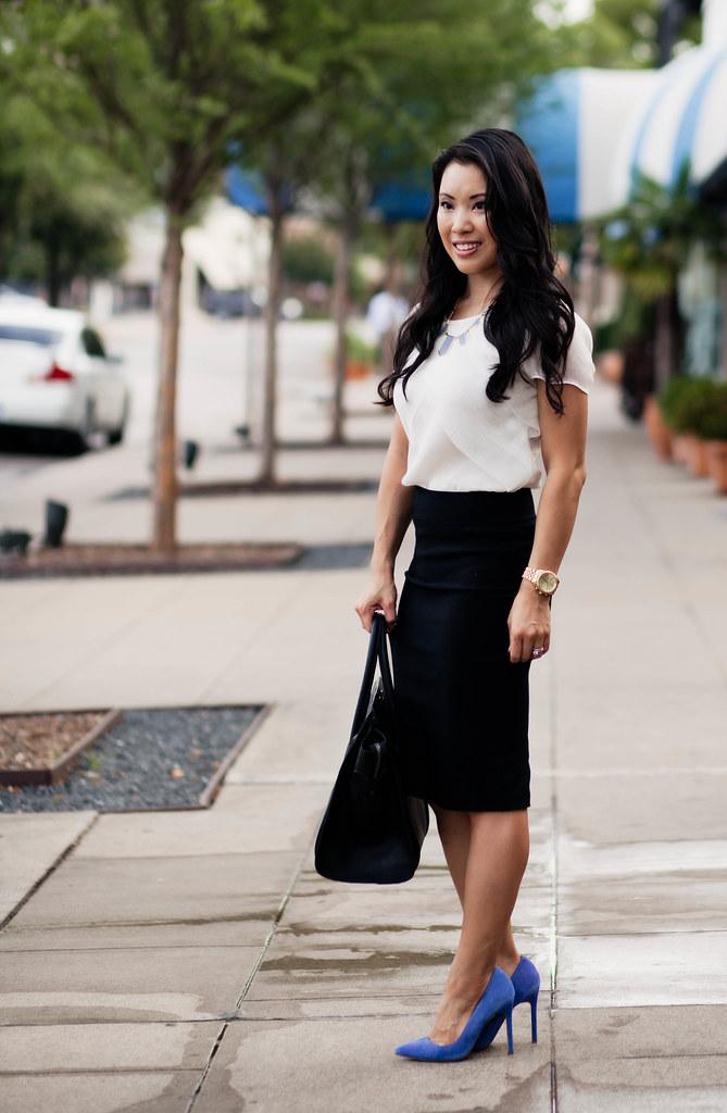 Dazzling Blue Details Cute Little Dallas Petite Fashion Blogger