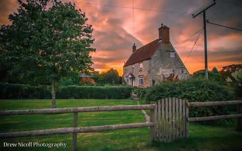 uk sunset red england orange home countryside swindon colourful wiltshire brittain wroughton greatbrittain creativemindsphotography elcombe drewnicoll