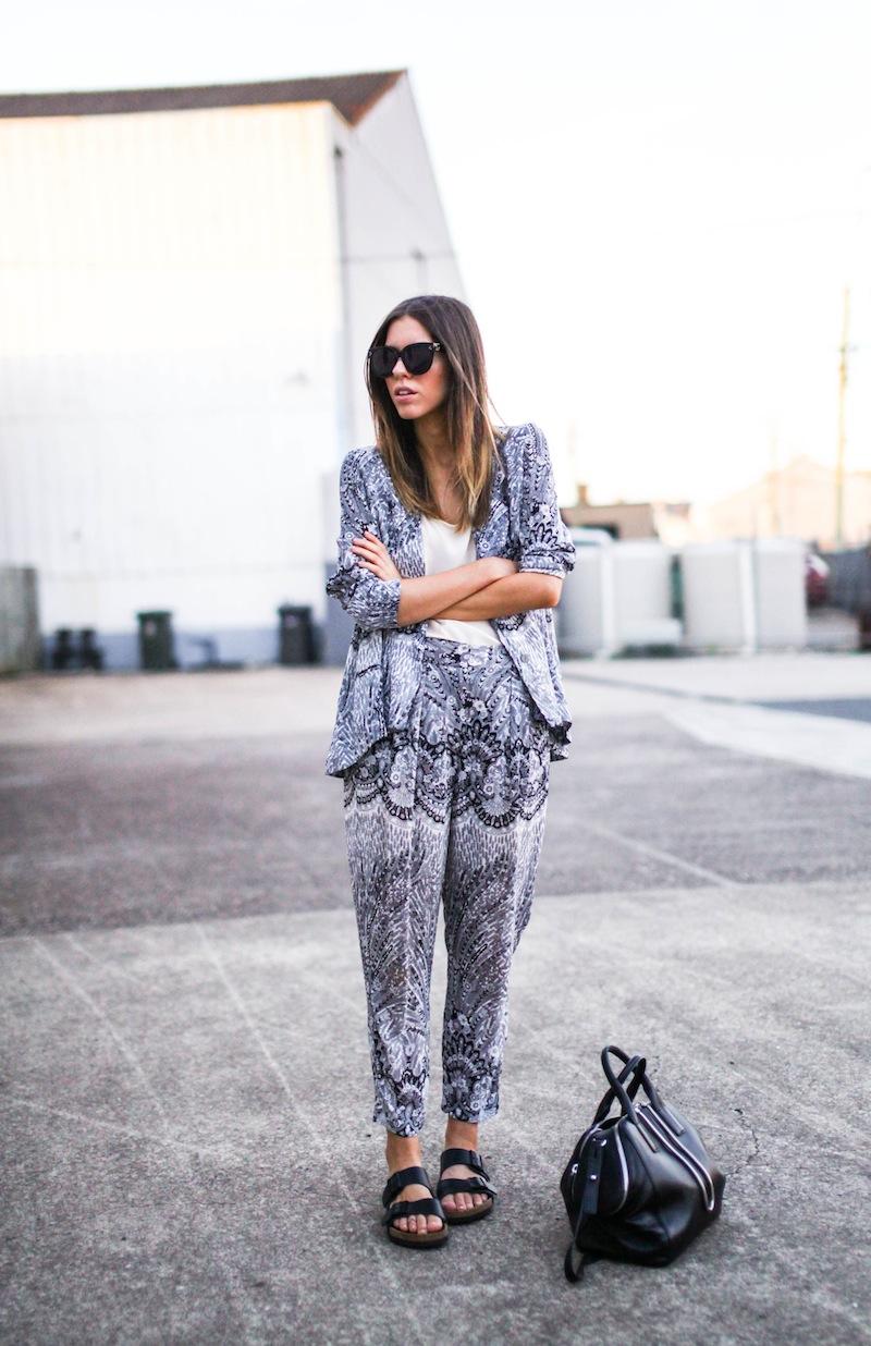 modern legacy fashion style blog Australia Zimmermann print blazer pants street style macthing suit grey-3