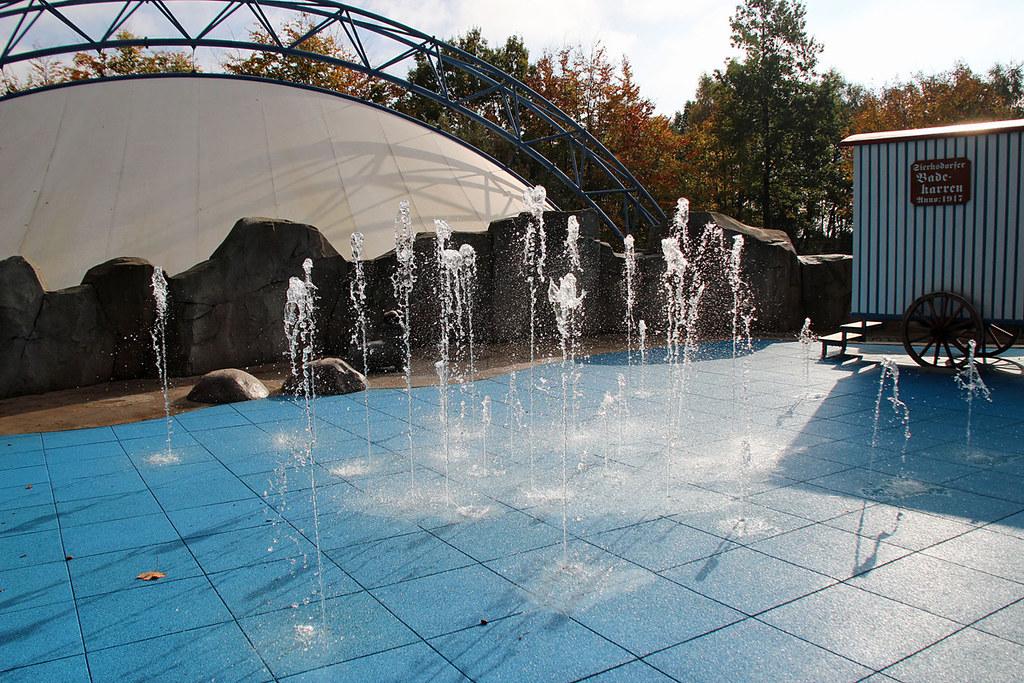 Herbstzauber Im Hansa Park   Wasserspiele Beim Super Splash