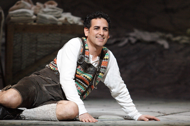 Juan Diego Flórez as Tonio in La Fille du régiment © ROH / Catherine Ashmore 2014