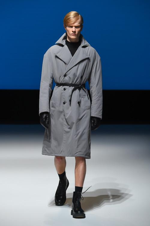 FW14 Tokyo DRESSEDUNDRESSED101_Knut Roertveit(Fashion Press)