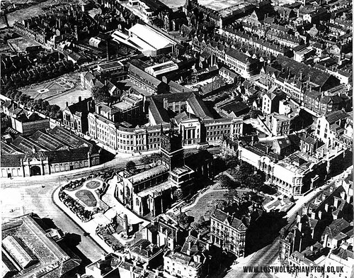 An aerial view circa 1937 showing the old Deanery site <em>Now the Wolverhampton Polytechic, with St Peters Square on its left leading back down to North Street.</em>