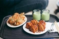 Takoyaki + Okonomiyaki + pudding trà xanh