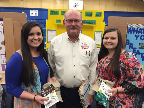 SWARSF Winners Makenna Madden-Breanan Cromeans with Terry Kirkpatrick-1 (1)