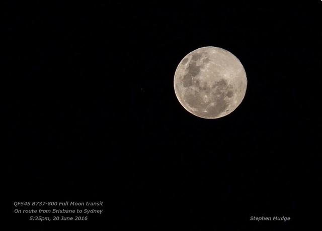 B737-800 Full Moon transit