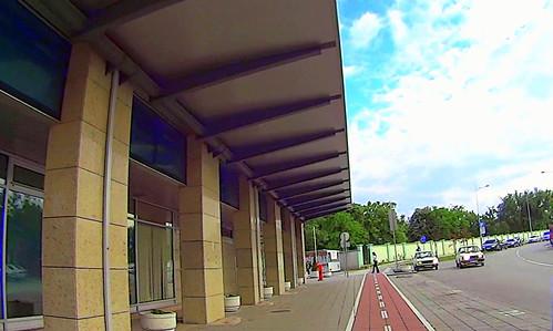 Novi Sad, sajam, iza master centra by slucajni prolaznik