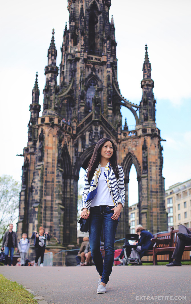Poast 1 - Sir walter scott monument