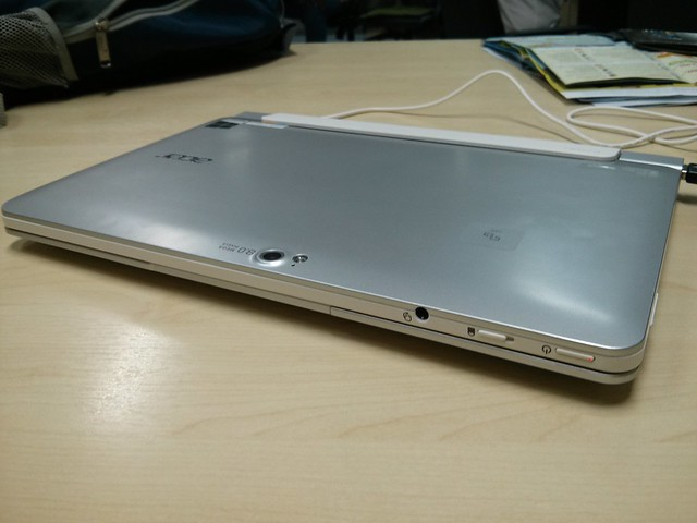 Acer Iconia W510 look like netbook