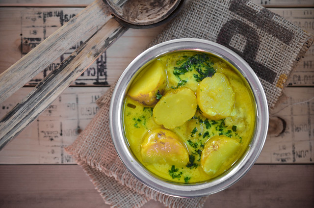 Kerala Style Potato Avial With BCfresh New Nugget (Warba) Potatoes