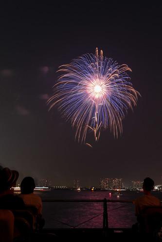 「昇曲導 八重芯 錦冠 花車」 by 小勝 則孝 東京湾大華火 2013 Tokyo Bay Grand Fireworks