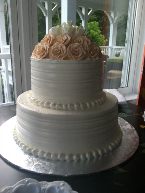 wc-pink-flowers-wedding-cake