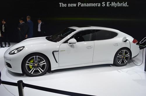 Audi, Volkswagen и Porsche представят 7 гибридов в 2014 году