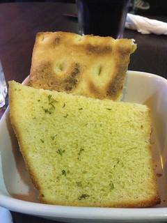 Garlic Bread at the Diner