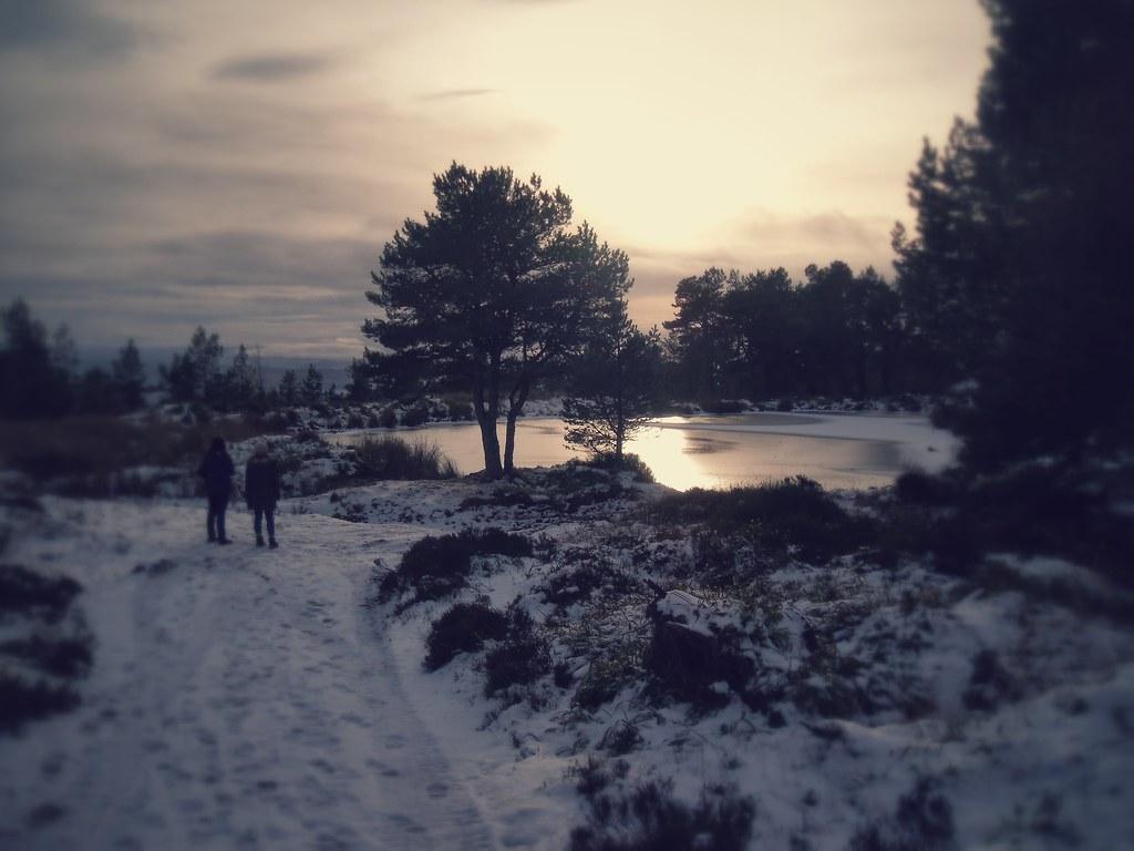 Icy lake on the way up Fyrish