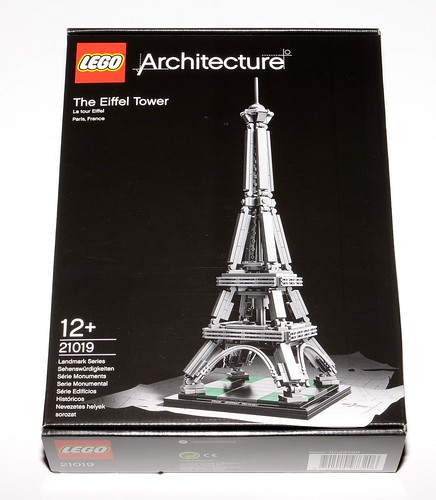 Review 21019 The Eiffel Tower Brickset Lego Set Guide And Database