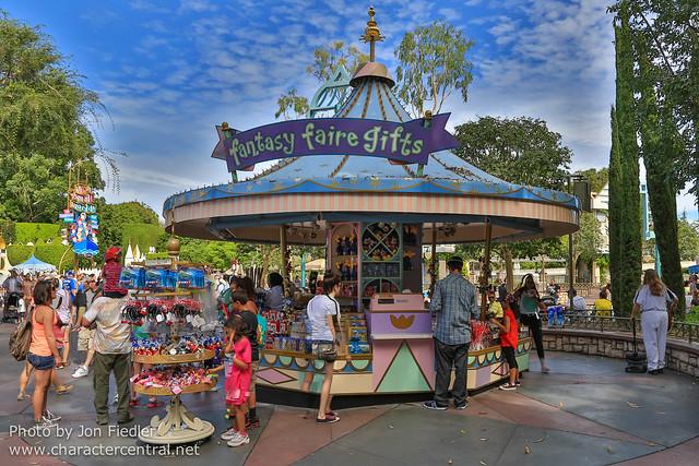 Disneyland Summer 2013 - Wandering through Fantasyland