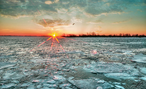 winter ice sunrise michigan detroitriver wyandotte 2014 bishoppark