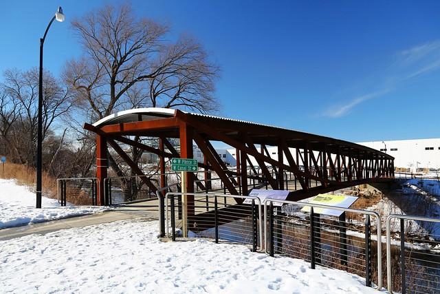 The bridge at Valley Passage