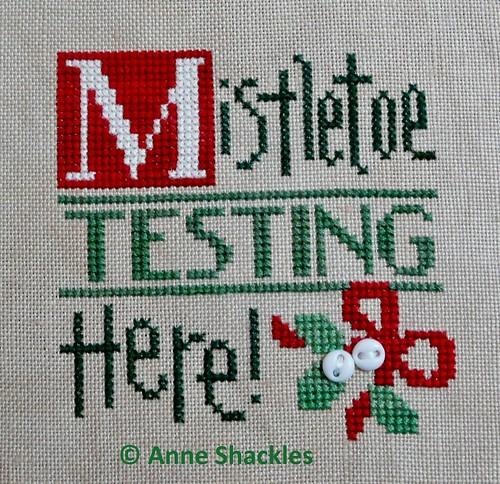 LizzieKate-Mistletoe Tiny Tidings XIV