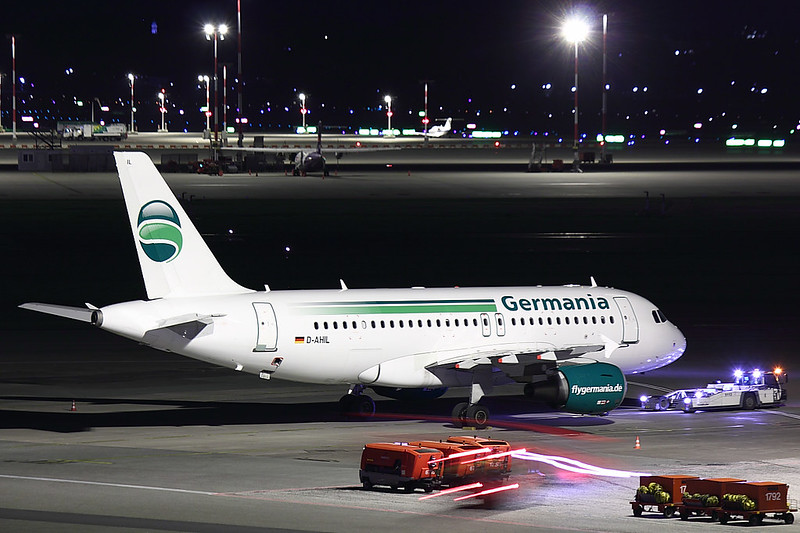 Germania - A319 - D-AHIL (2)
