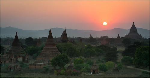 travel sunset panorama history landscape religious temple nikon asia southeastasia buddha burma buddhist religion buddhism historic temples vista myanmar pagan bagan afs70200mmf28gvrii mandalayregion d800e