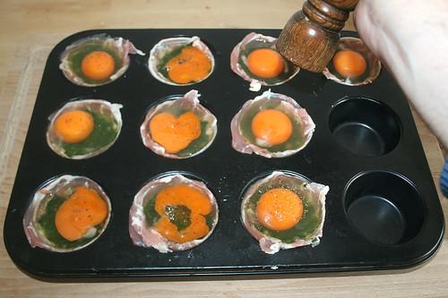 18 - Mit Pfeffer würzen / Taste with pepper