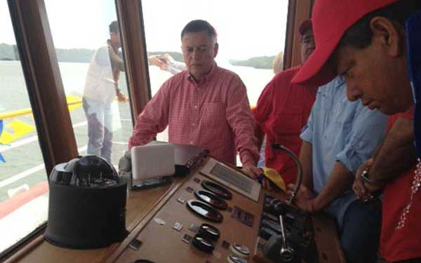 inauguracion del ferry
