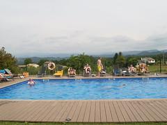 La piscina és un dels equipaments més valorats pels visitants estrangers sobretot per les famílies amb nens.