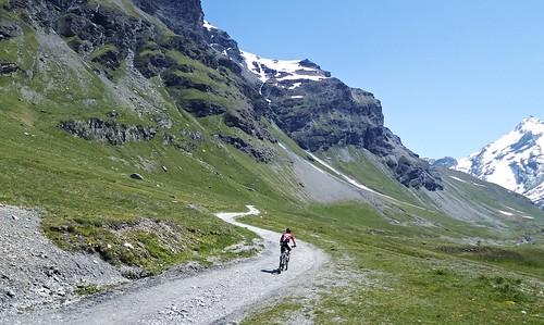 Valley to Lac de la Sassière