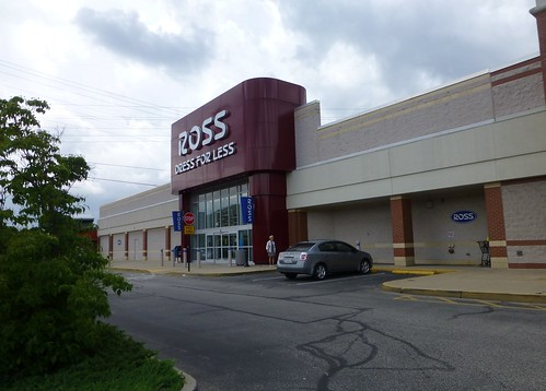 Ross Dress For Less in Pittsburgh, Pennsylvania