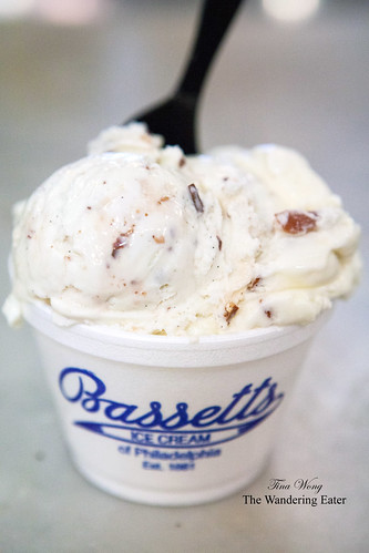 Bassetts Ice Cream - Butter Pecan
