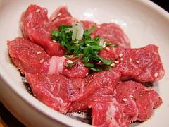 sirloin steak(0.0), steak tartare(0.0), produce(0.0), steak(1.0), yakiniku(1.0), red meat(1.0), horse meat(1.0), kobe beef(1.0), food(1.0), dish(1.0), cuisine(1.0),