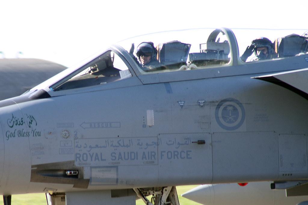 الموسوعه الفوغترافيه لصور القوات الجويه الملكيه السعوديه ( rsaf ) - صفحة 4 9732516432_fc16715ca2_b