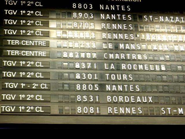 レンヌ経由サンマロ行きは8081。