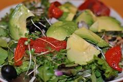 spinach salad, salad, vegetable, vegetarian food, leaf vegetable, food, dish, cuisine,