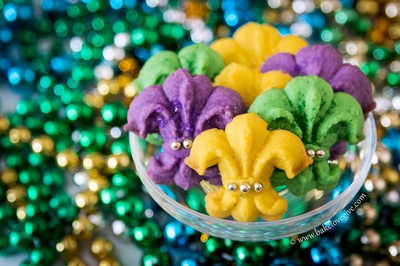 Mardi Gras Fleur de Lis Spritz Cookies