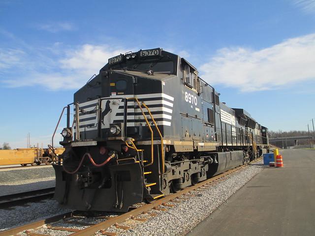 NS GE Evolution locos, Charlotte, NC