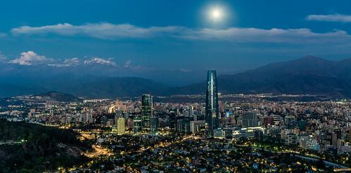 chile santiago architecture modern twilight contemporary moonrise jonreid césarpelli tinareid nomadicvisioncom grantorresantiago