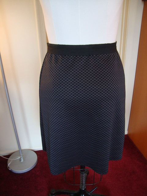 New Look 6843 as another knit skirt