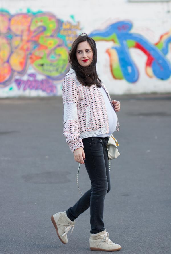 בלוג אופנה, הריון, בגדי הריון, אופנת הריון, ג'ינס הריון, אבישג ארבל, סניקרס איזבל מאראנט, maternity jeans, style the bump, pregnancy fashion, israeli fashion blogger, isabel marant sneakers