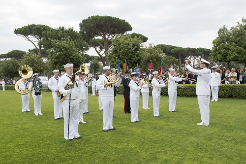 Sun, 05/29/2016 - 11:50 - 160529-N-TC720-442 NETTUNO, Italy (May 29, 2016) The U.S. Naval Forces Europe Band play the national anthem during the Memorial Day ceremony at Sicily-Rome American Cemetery. During the ceremony, veterans, service members, students and families gathered to honor and pay tribute to those who gave their lives during the liberation of Italy in 1943. (U.S. Navy photo by Mass Communication Specialist 2nd Class Mat Murch/Released)