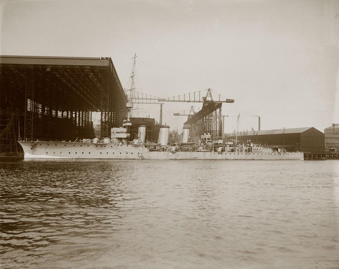 HMS Comus at the Wallsend shipyard