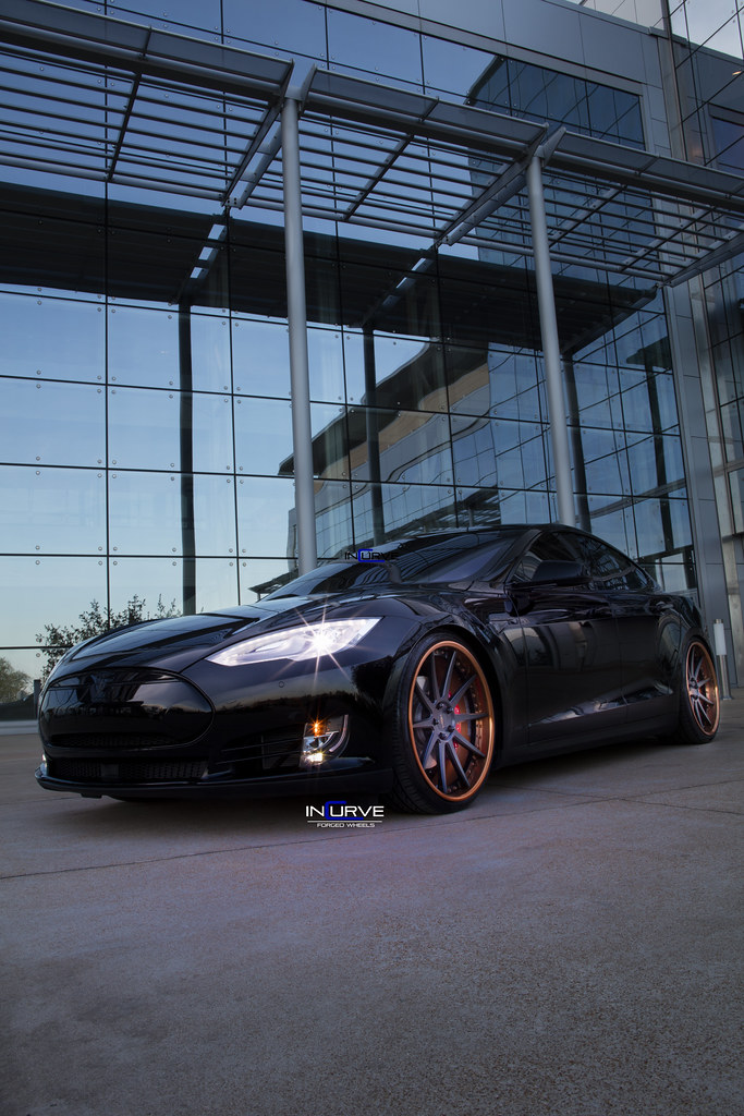 Tesla P90d | Incurve Forged FS-10