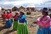 Schwimmende Inseln auf dem Titicaca-See. Foto: Annette Härter.