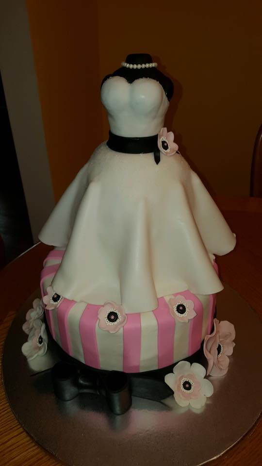 Bridal Shower Cake by Jules Cakery