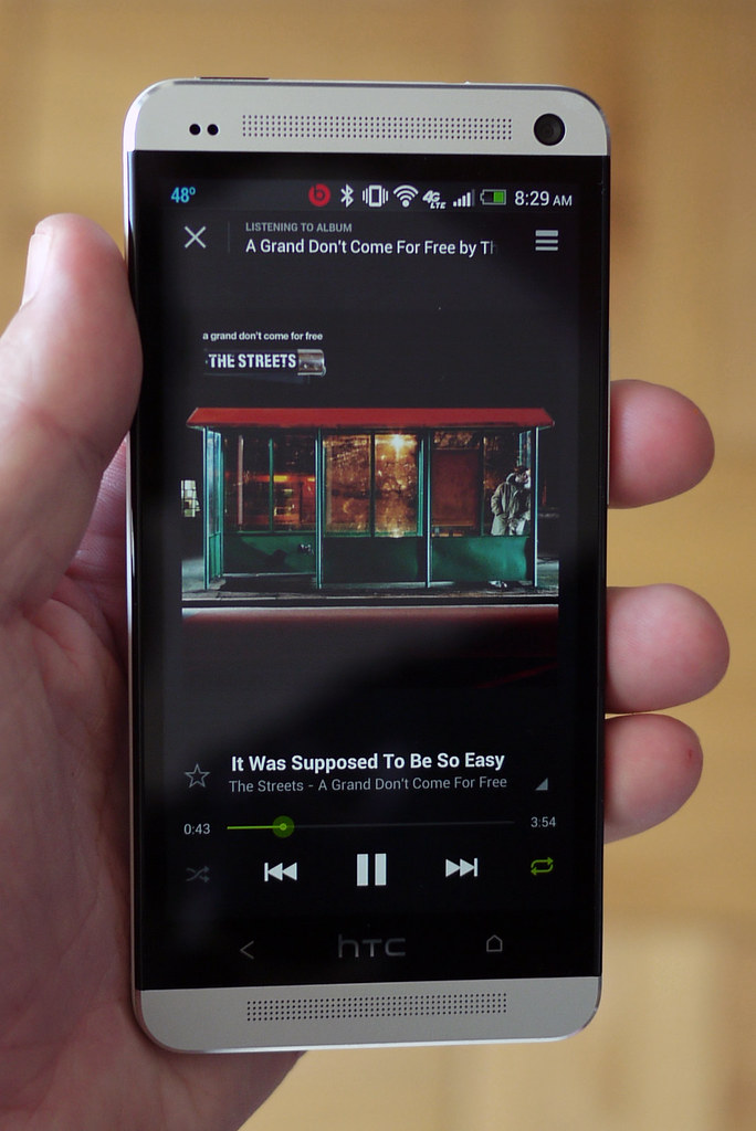 HTC One Spotify