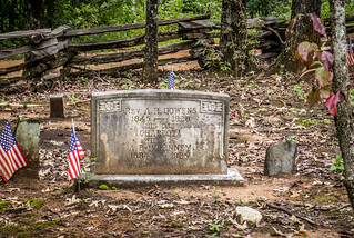 Old Soapstone Slave Cemetery-004
