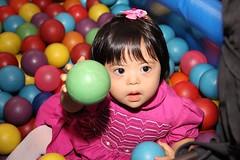 child(1.0), play(1.0), ball pit(1.0), toddler(1.0), eye(1.0), organ(1.0), toy(1.0),