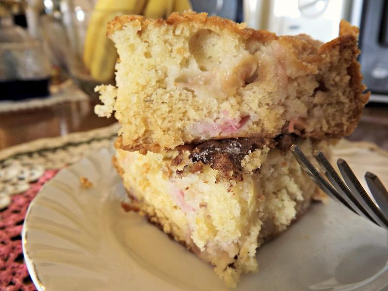 Rhubard Cake